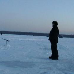 la peche sur glace  un dernier regard  sur ce paysage grandiose