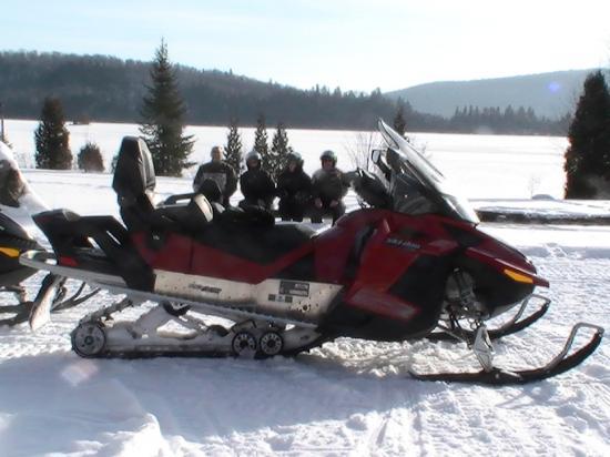 l'aventure  moto neige plaisir d 'hiver